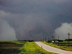 На Миннесоту обрушился мощный торнадо: есть жертвы
