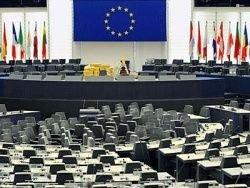 Брюссель поддержал идею свободно пускать россиян в страны ЕС