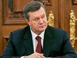 Более половины украинцев довольны президентом