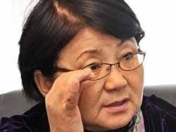 Отунбаева послала россиян охранять стратегические объекты