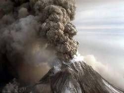 На Камчатке не утихает извержение Шивелуча