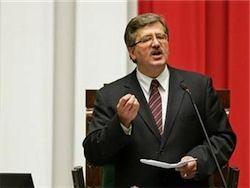 На выборах президента Польши лидирует Коморовский