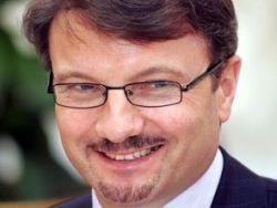 Греф прибыл в суд как свидетель по делу Ходорковского