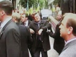 Убить Януковича