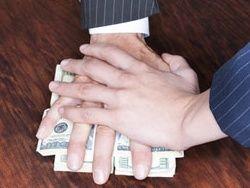 В России 300 млрд каждый год уходит на взятки