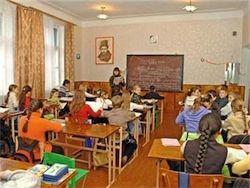 Эксперт: В украинских учебниках больше освещают ОУН-УПА, чем ВОВ