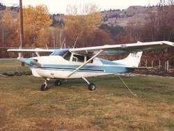 В Пенсильвании легкомоторный самолет упал на дом