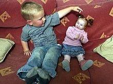 Двухлетняя Шарлота имеет рост всего 56 сантиметров