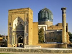 Лето 2010: крах надежд на демократию в Средней Азии