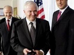 """В Москве мнение главы Пентагона назвали \""""клиническим случаем\"""""""