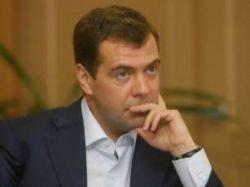 Медведев не исключает возможности баллотироваться на второй срок