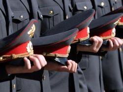 """За прошлый год бдительные россияне \""""уволили\"""" 1500 милиционеров"""