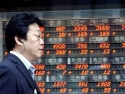 Торги на Токийской фондовой бирже начались с падения