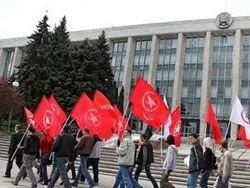 Коммунисты Молдавии опротестовали указ о Дне советской оккупации