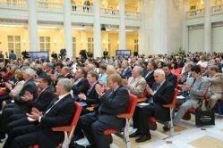 Станислав Белковский: Президента разрешили критиковать публично