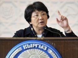 Отунбаева объявила себя законным президентом Киргизии