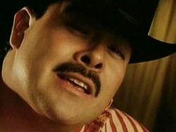 В Мексике застрелили известного певца Серхио Вега