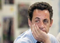 Франция: государство будет экономить на чиновниках и праздниках