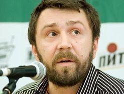 Сергей Шнуров назначил дату свадьбы