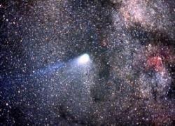 Космическая пыль и плазма порождает жизнь?