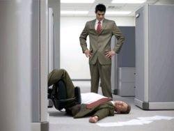 Стресс на работе делает мужчин алкоголиками