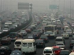 В Китае 100-километровая пробка стоит уже девять дней