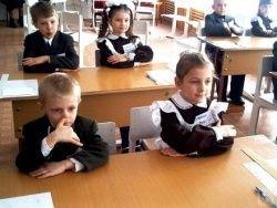 Половина россиян не доверят системе образования