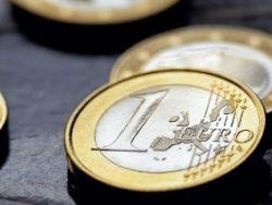 Немец отметил выход на пенсию раздачей денег