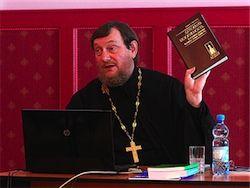 Опрос: как вы воспримете запрет христианства в России?