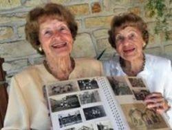 Старейшим близнецам в мире исполнилось 98 лет