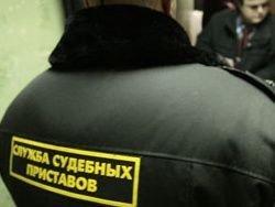 Медведев распорядился поскорее выселять должников