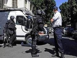 Во Франции арестованы 12 подозреваемых в терроризме