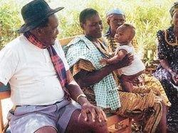 Мужчина построил целых две школы для своих детей