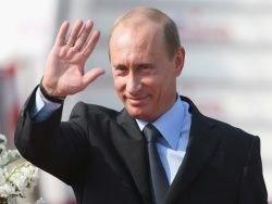 В свой день рождения Путин помог семьям с жильем