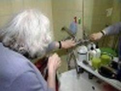 В Доме ветеранов исчезли вода, тепло и деньги