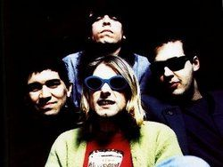 Участники Nirvana выступили на одной сцене впервые за 13 лет