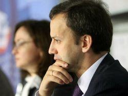 Дворкович: решение о сокращении декретных выплат было неверным