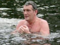 На Крещение Ющенко спрятался от народа
