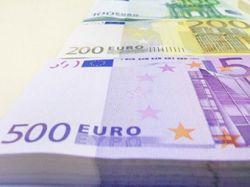 Курс евро превысил отметку 1,35 доллара