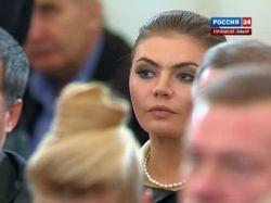 Алина Кабаева выпустит похожую на себя куклу