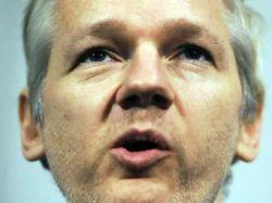 Друзья WikiLeaks  позвали Ассанжа в Россию