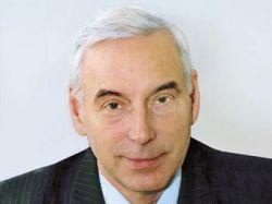 Суд обязал КПРФ вернуть депутату Госдумы партбилет