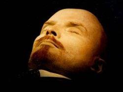 Ленин останется у стен Кремля