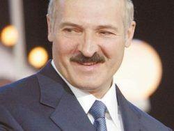 Западные СМИ: как Лукашенко гипнотизирует белорусов