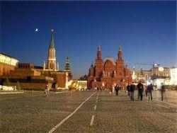 Странный культ в Кремлёвской стене
