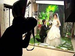 В Китае популярность приобретают женихи на прокат