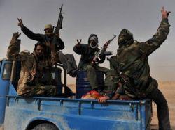 Ливийские повстанцы вернули себе центр Аль-Завии