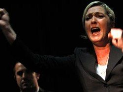 Франция: почему в президентской гонке лидируют фашисты?