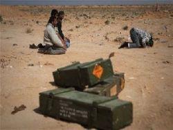 Повстанцы объявили: Каддафи воюет израильским оружием