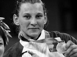 Австрийская медалистка Олимпиады-2004 выбросилась из окна